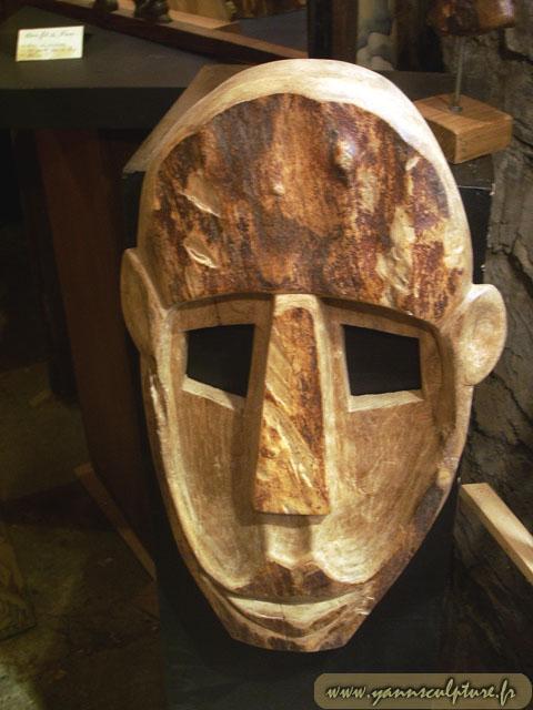 Masque ; Sculpture en Noyer.